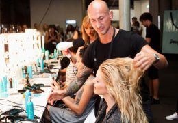 Pogovor s strokovnjakom za lase: lepe smo takrat, ko smo povsem naravne