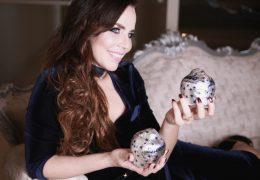 Foto in make-up za Baci Perugina, čokoladni bomboni z ljubezenskim sporočilom, Biljana Babič