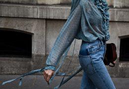 Prosojne bluze s potiski za vse, ki prisegate na eleganco vedno in povsod