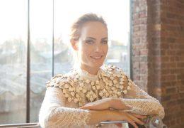 Eleganca za štiridesetletnice: kateri kosi in kako jih nositi