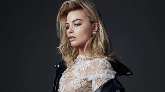 Ženstven stil igralke Margot Robbie