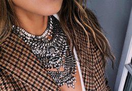 Vračajo se bogate ogrlice