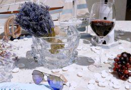 Čarobna miza s poletnim pridihom