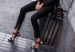 Ponovno zaželeni klasični sandali z visoko peto