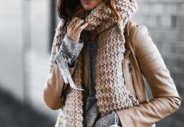 Šal ponovno pomemben zimski modni dodatek