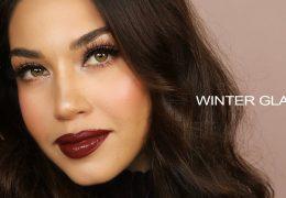 Preprost zimski look z rdečimi ustnicami