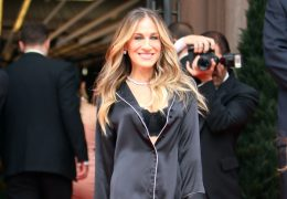 Mandatory Credit: Photo by John Sheene/ACE Pictures/REX/Shutterstock (9704005m) Sarah Jessica Parker Sarah Jessica Parker filming Intimissimi Commercial, New York, USA - 05 Jun 2018