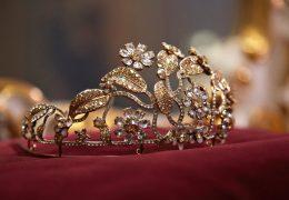 Pravljično sodelovanje med znamkama Swarovski in Dolce & Gabbana