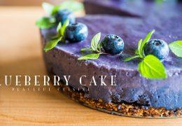 Hitro in preprosto: Veganska borovničeva torta